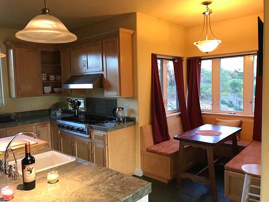 Mt Shasta Retreat Center - Kitchen Nook